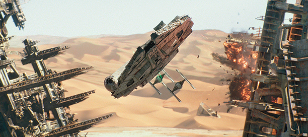 ep7_screenstar-wars-the-force-awakens-millennium-falcon-image2